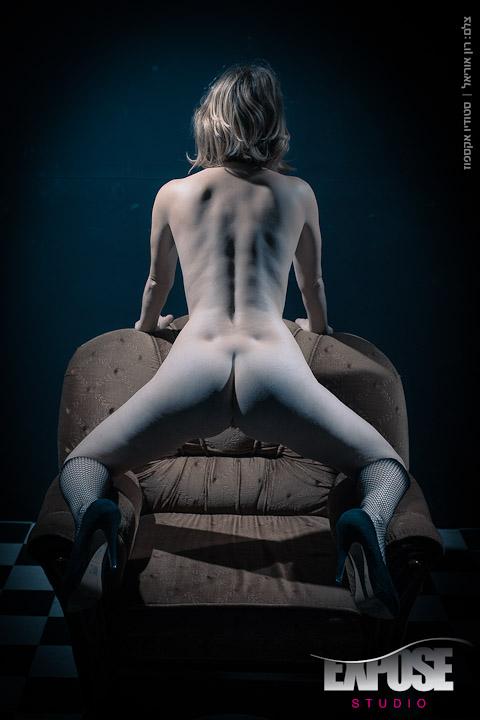 צילומי ארוטיקה עירום וסקס בסטודיו אקספוז