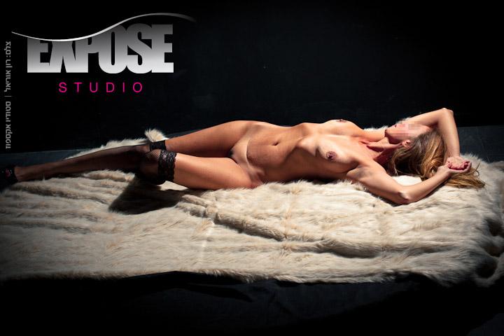 נשים: צילומי ארוטיקה עירום וסקס בסטודיו אקספוז