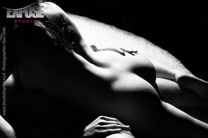 מיניות וארוטיקה - פנטזיה פוטוגנית בסטודיו