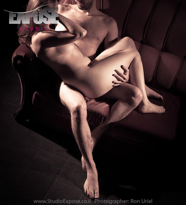 זוגיות בזוית אחרת - צילום עירום