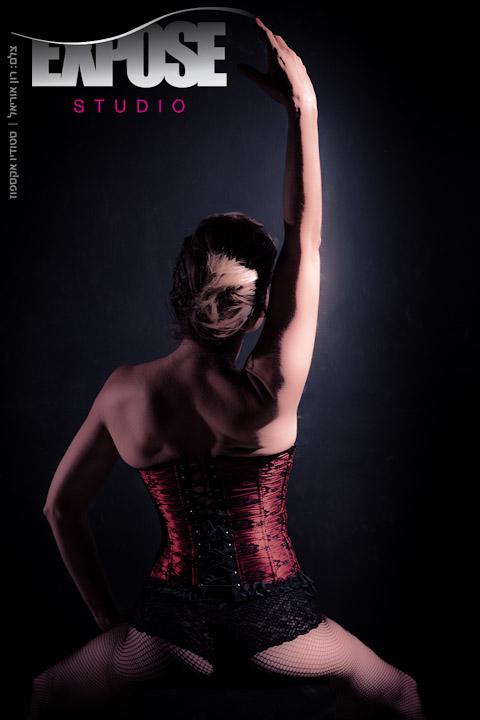 רקדנית - מתוך סשן ארוטיקה