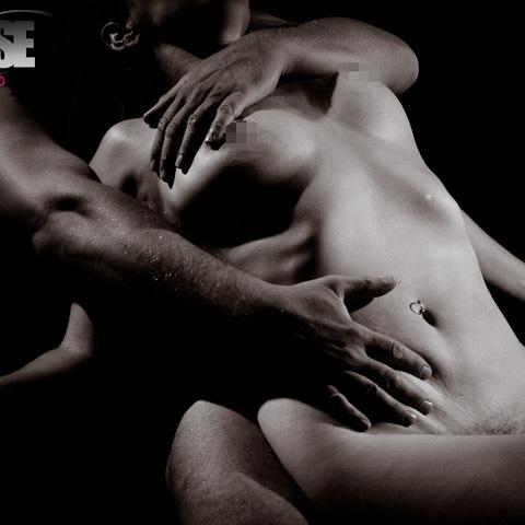 צילום עירום ארוטי זוגי בסטודיו אקספוז